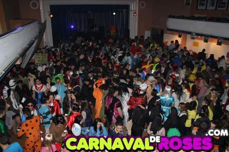 L'Ajuntament de Roses convoca una reunió amb els caps de colla per tractar el tancament del Port el divendres de Carnaval