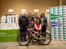 L'Ajuntament de Girona lliura el premi del concurs d'Instagram Lleuresport #DTEGirona