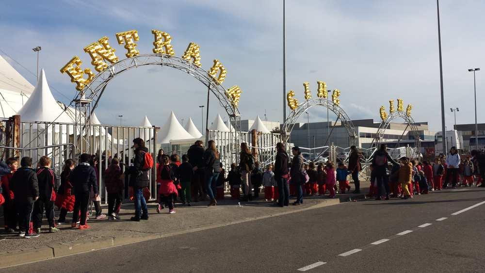 El Consell Comarcal transporta més de 1.400 alumnes de l'Alt Empordà al Festival del Circ de Figueres