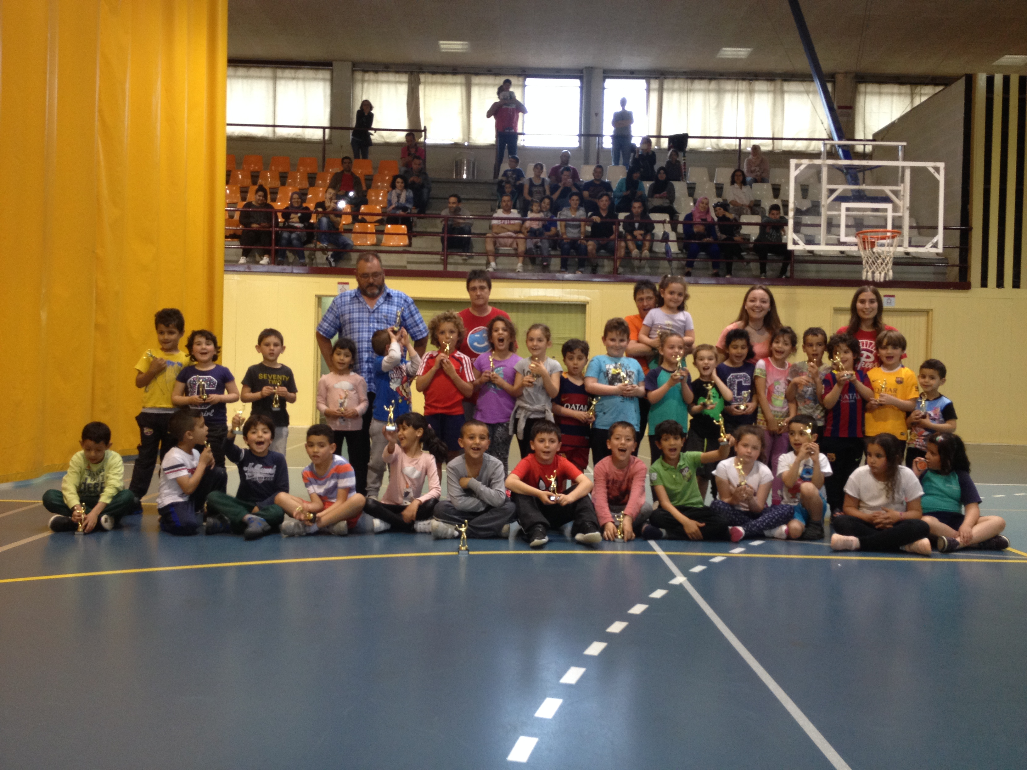 Cloenda de les escoles esportives municipals 2015-2016 de Roses