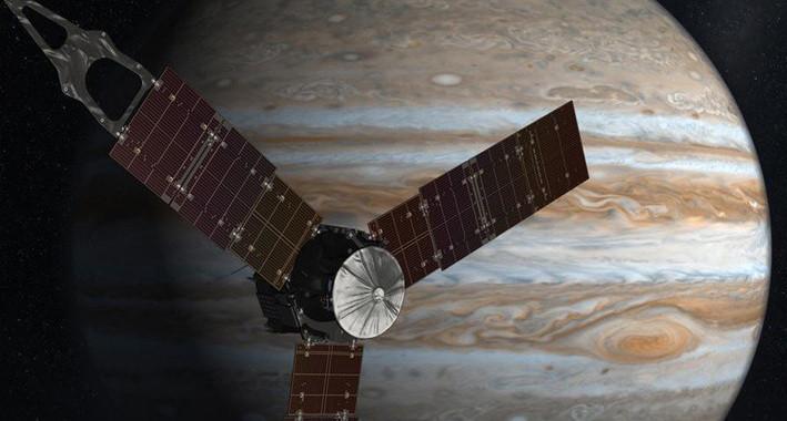 Juno arriba a Júpiter