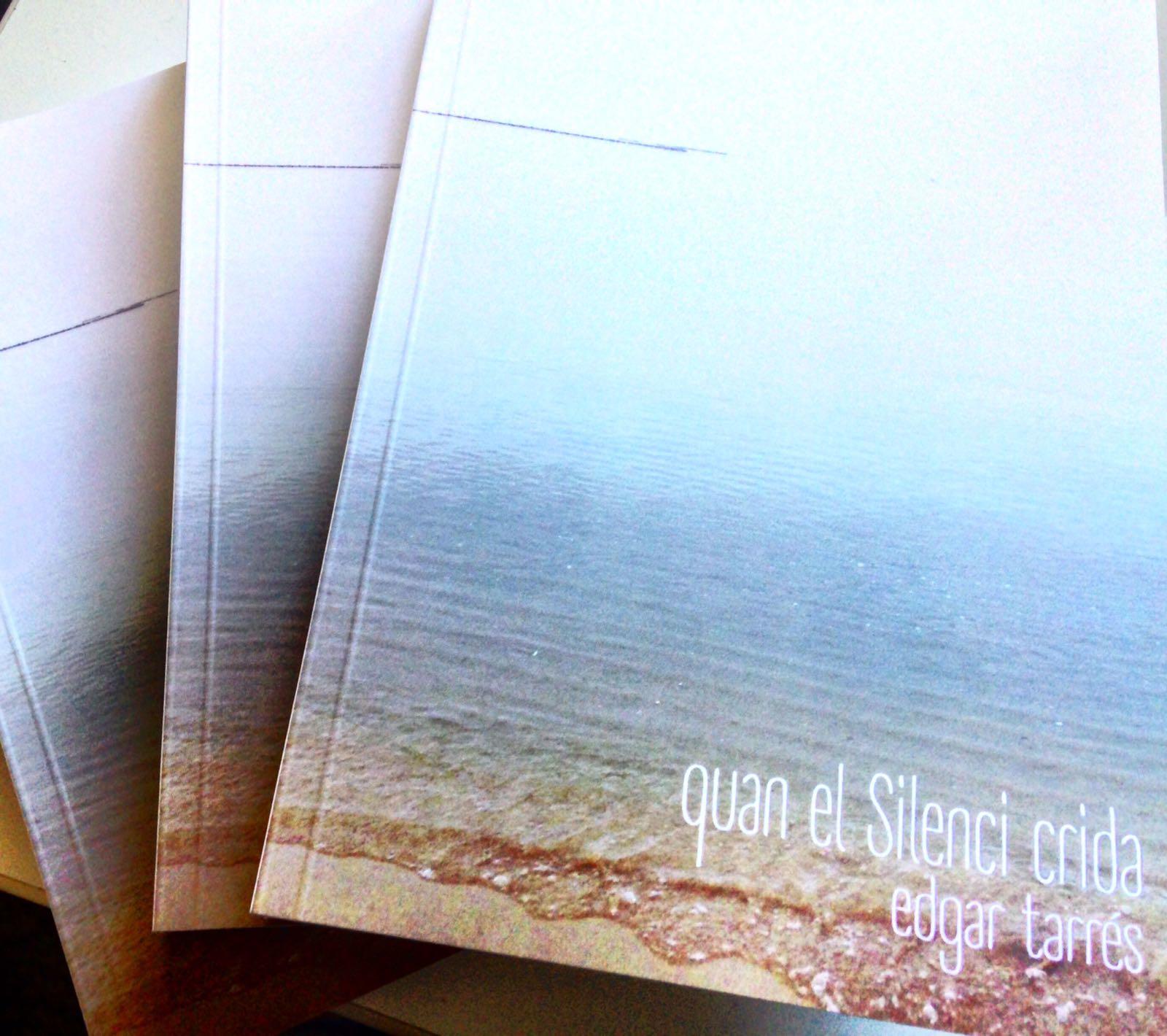 """La Biblioteca de Roses presenta """"Quan el silenci crida"""", primera novel·la d'Edgar Tarrés"""