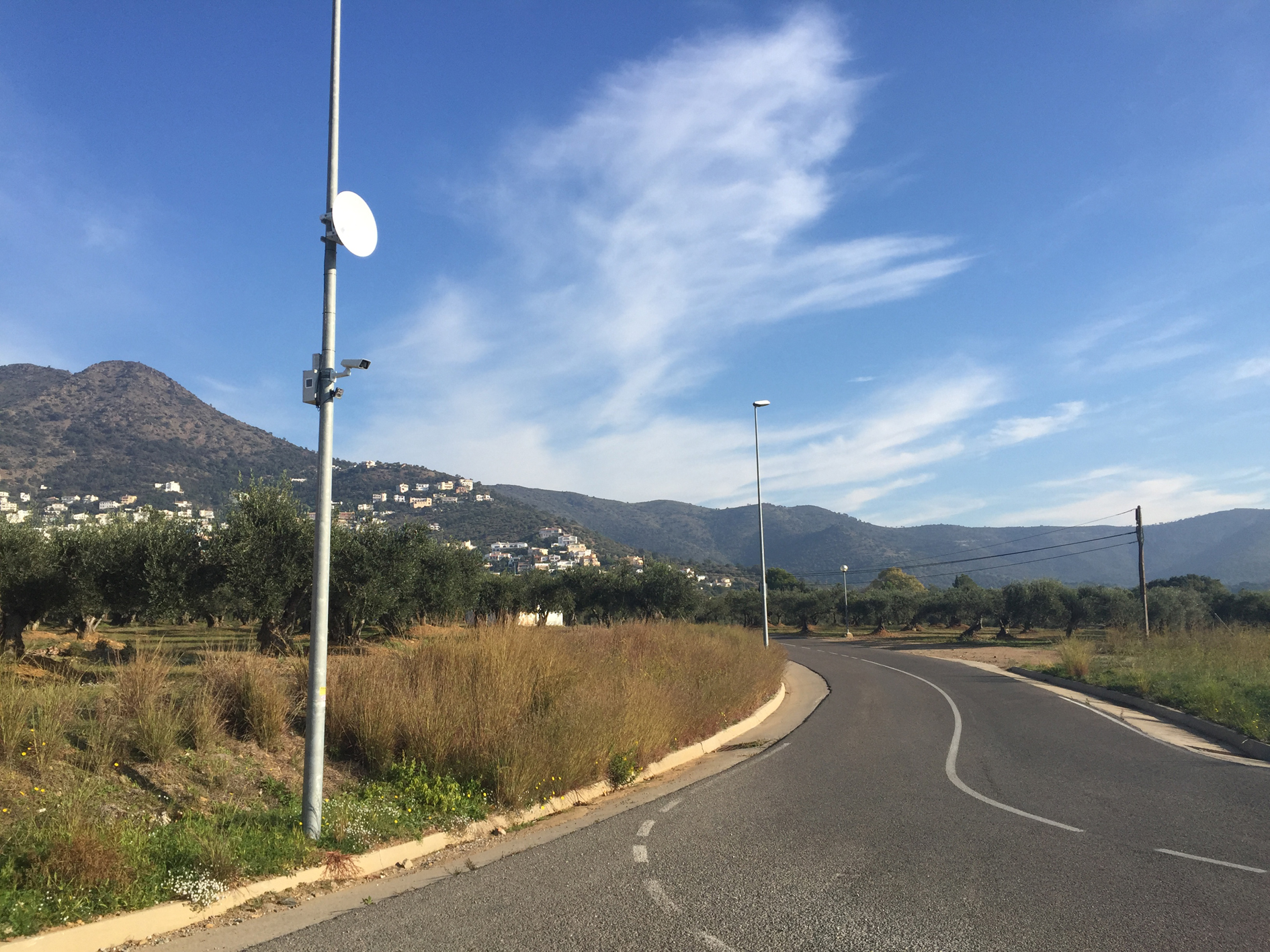 Roses instal·la les dues primeres càmeres de vigilància del trànsit, a Mas Boscà i Mas Fumats