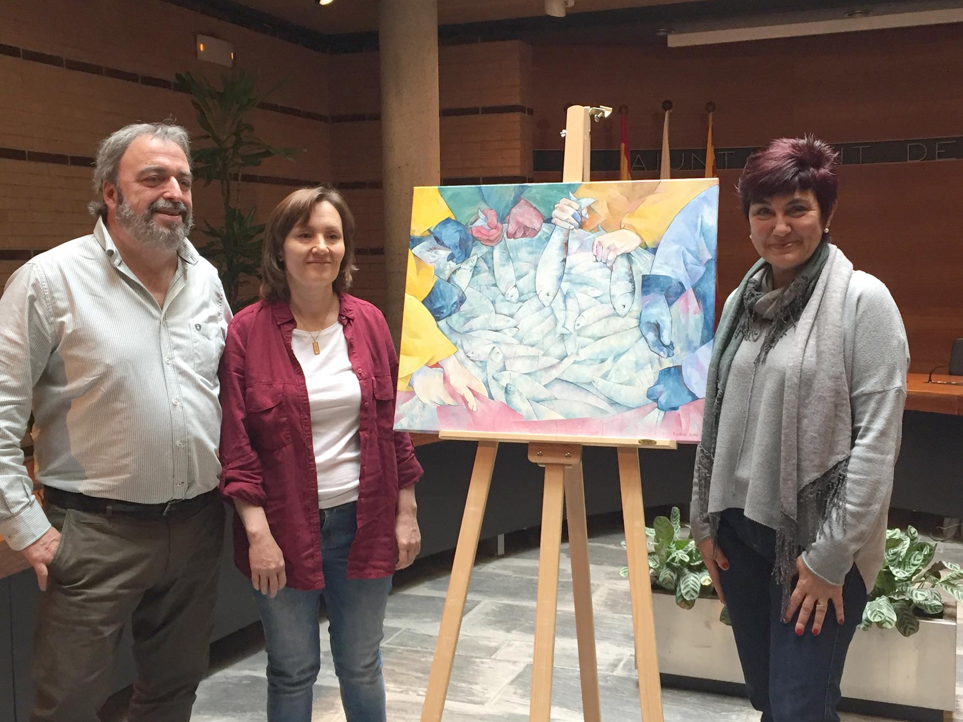 Elena Kudryashova fa donació de la seva obra Peixos de mar, al poble de Roses