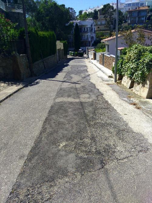 S'inicien les obres d'asfaltatge de diversos carrers del Puig Rom, que afectaran el trànsit