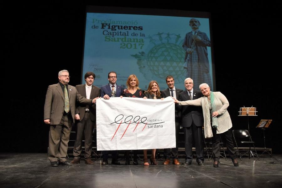 """Figueres es proclama Capital de la Sardana 2017 en un dia """"històric perquè se li reconeix la rellevància de la sardana"""""""