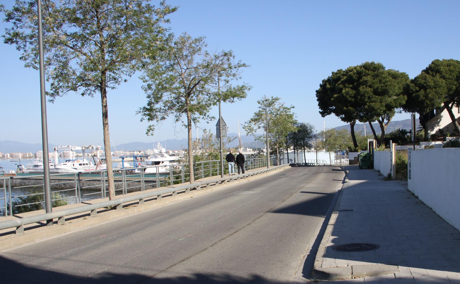 Talls de trànsit a la carretera del Far de Roses, a partir de dilluns 24 d'abril