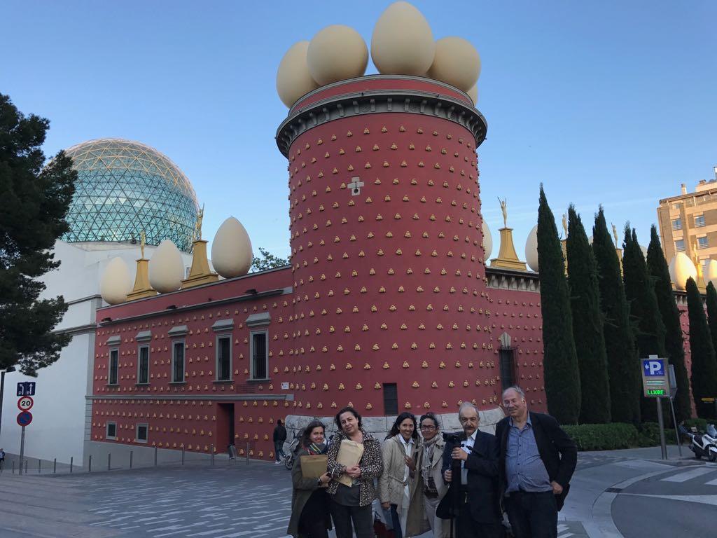 Periodistes estrangers visiten l'Alt Empordà per promocionar l'estació del TGV i la destinació turística