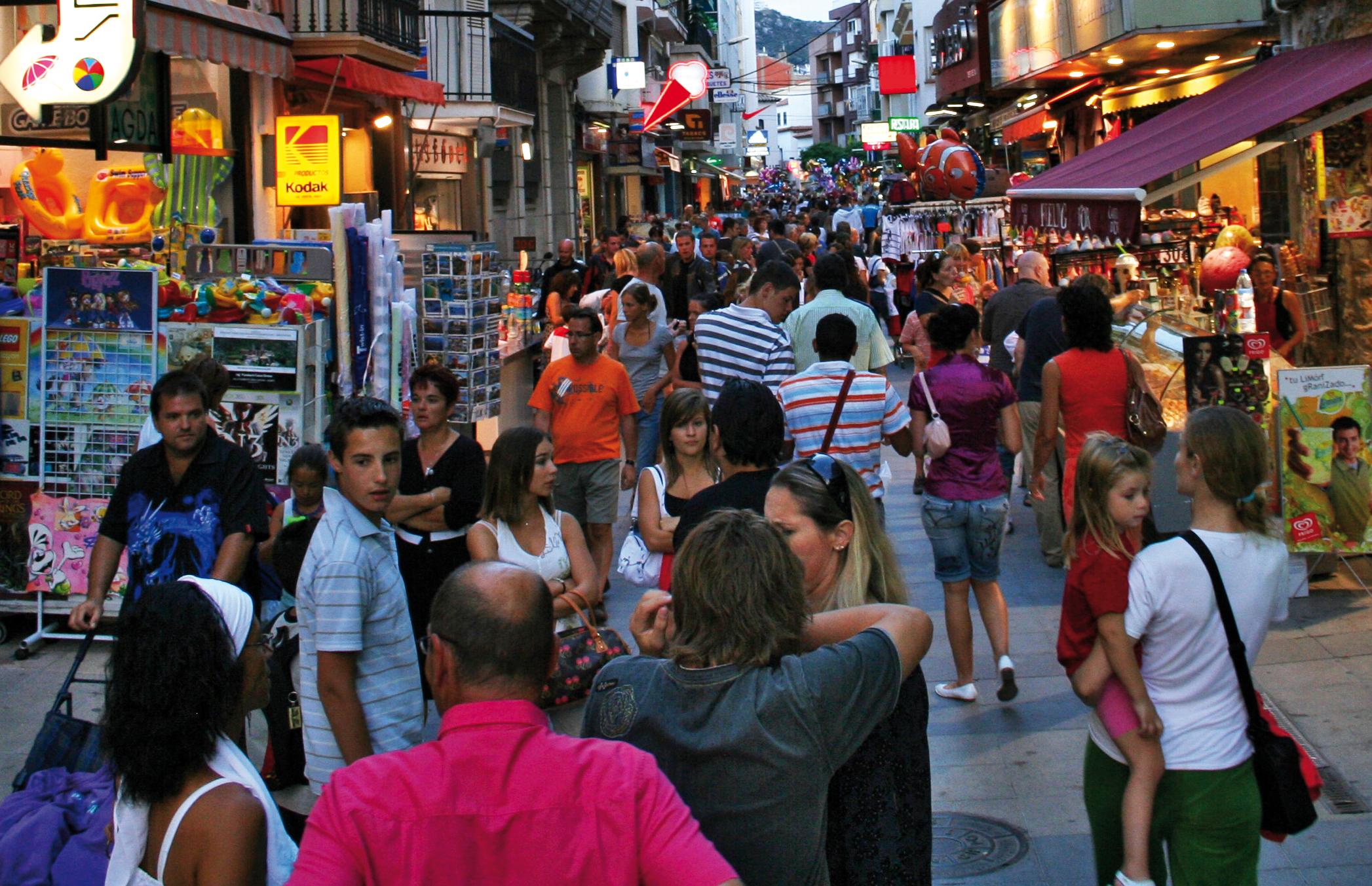 El nou Pla de Màrqueting Turístic de Roses recull l'opinió de la ciutadania