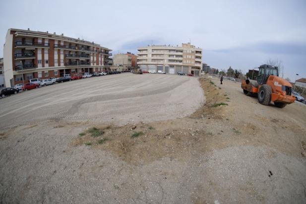 L'Ajuntament de Figueres inicia les obres del nou aparcament gratuït al solar del carrer Migdia