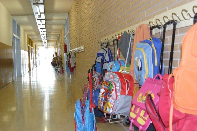 L'Oficina Municipal d'Escolarització ha atès mig centenar de famílies