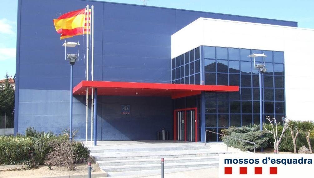 Els Mossos detenen un home a Roses i denuncien penalment una dona a La Bisbal per simular delictes