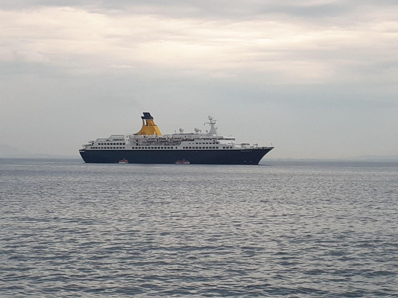 El port de Roses preveu un any excel·lent amb 13 escales i 9.500 passatgers de creuer