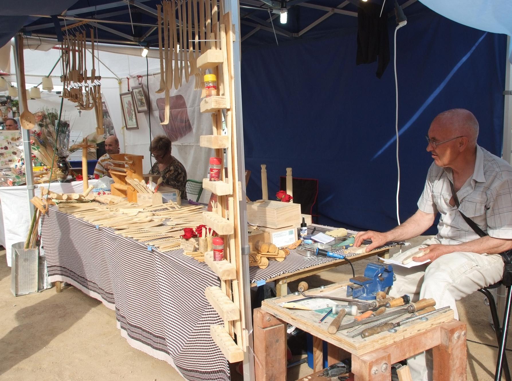 Roses obre la convocatòria per participar en el mercat artesanal de productes de l'Empordà