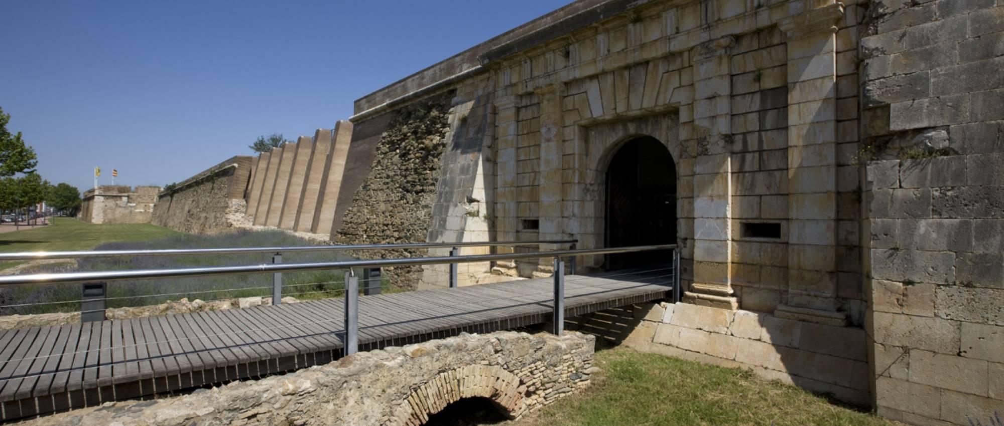 La Fundació AGBAR aporta 15.000 € a la Càtedra Roses d'Arqueologia i Patrimoni Arqueològic