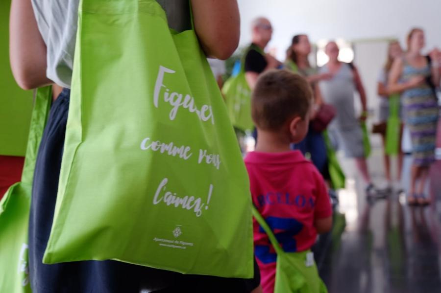 Èxit de la campanya de busos turístics gratuïts promoguda per l'Ajuntament de Figueres amb 700 usuaris en 30 dies