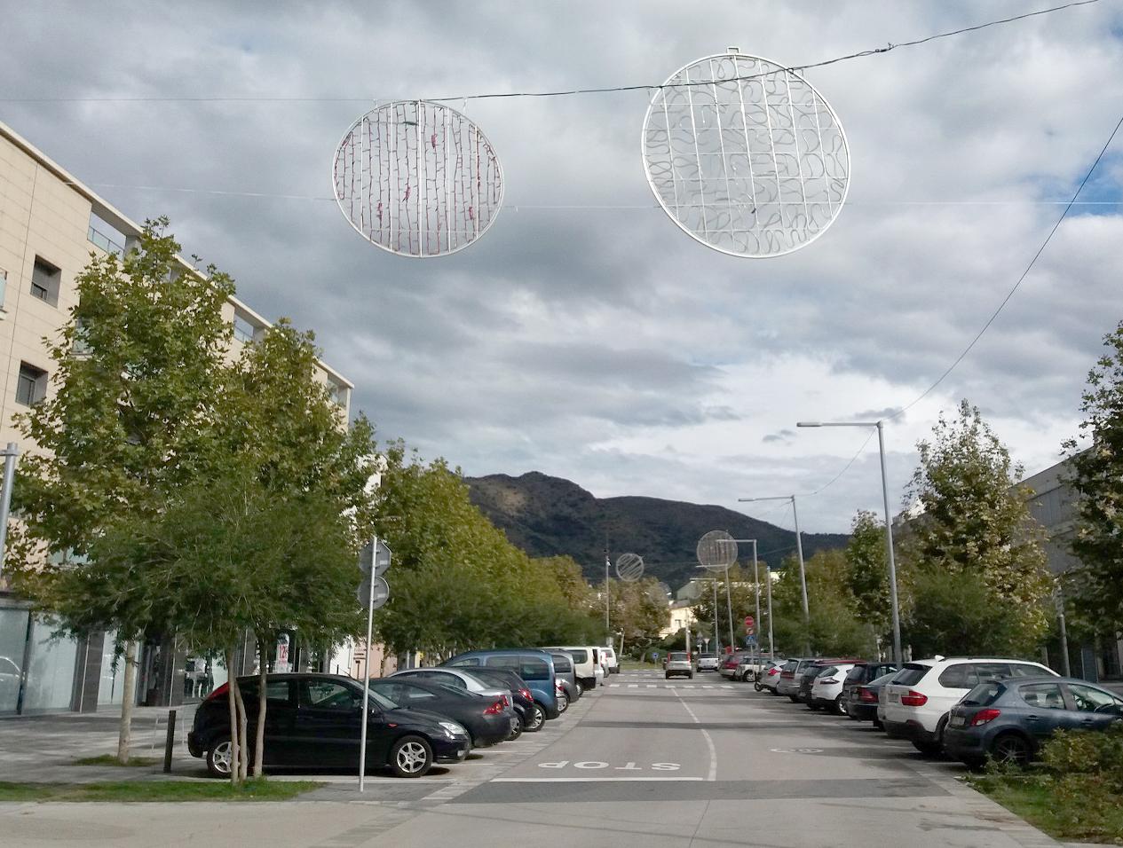 Roses il·luminarà una seixantena de carrers i espais per Nadal, amb sistemes de baix consum