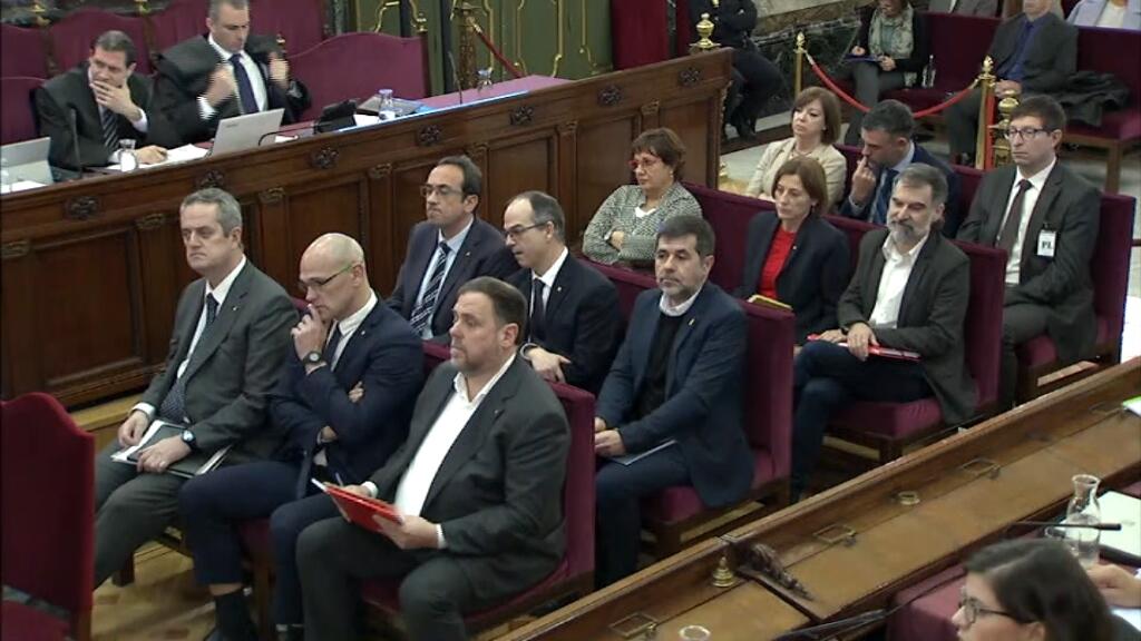 Arrenca el judici contra els dirigents catalans que es troben des de fa més d'1 any en presó preventiva