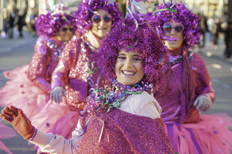 3.000 persones, 56 colles i 53 carrosses desfilaran al Carnaval de Roses