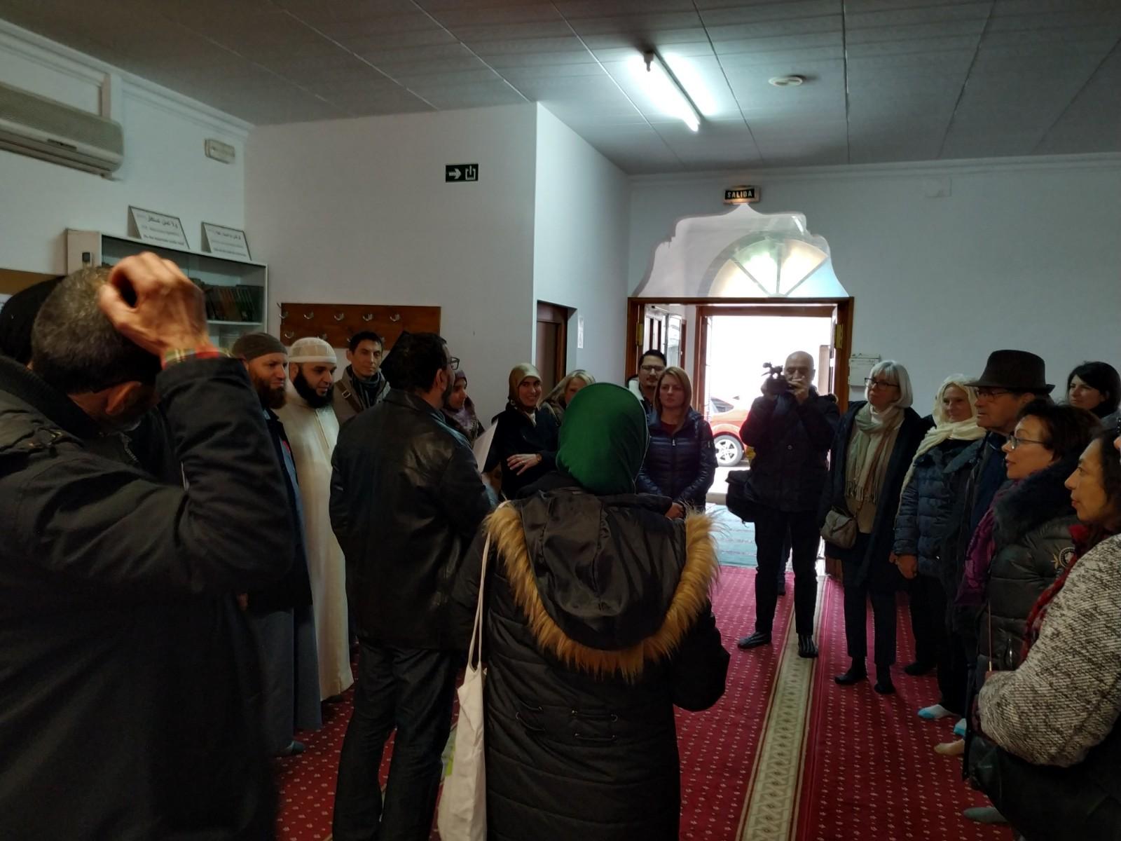 Diversitat i interculturalitat a Roses: cultures, religions i identitats. Portes obertes a la Mesquita Sunna