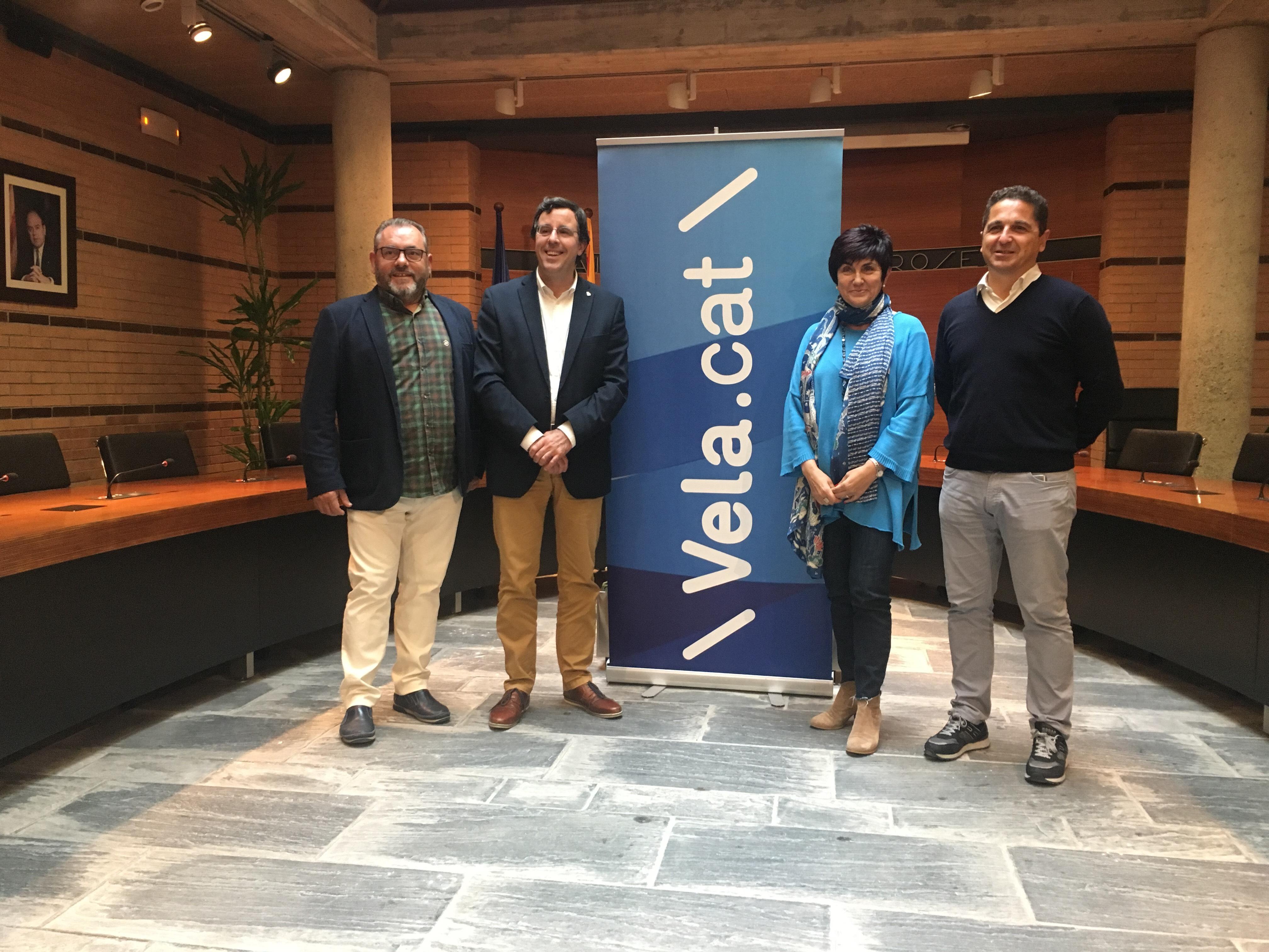 L'Ajuntament de Roses i la Federació Catalana de Vela signen el conveni per a l'activitat de l'Esport Blau de Vela Escolar