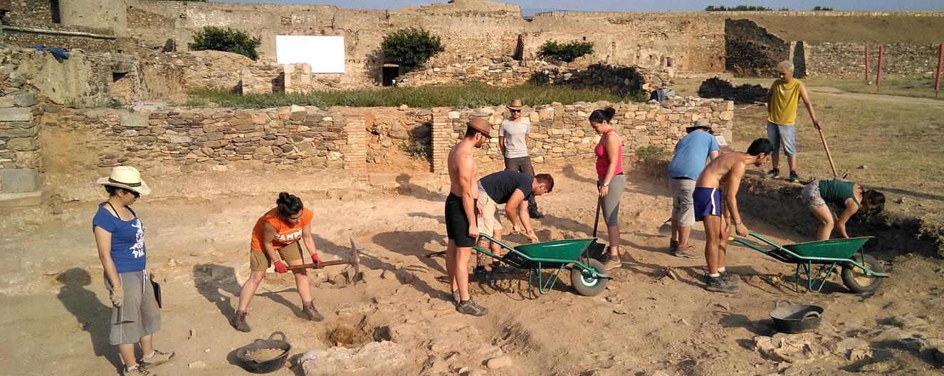Arrenca el II Curs Internacional d'Arqueologia Medieval i Moderna Ciutadella de Roses