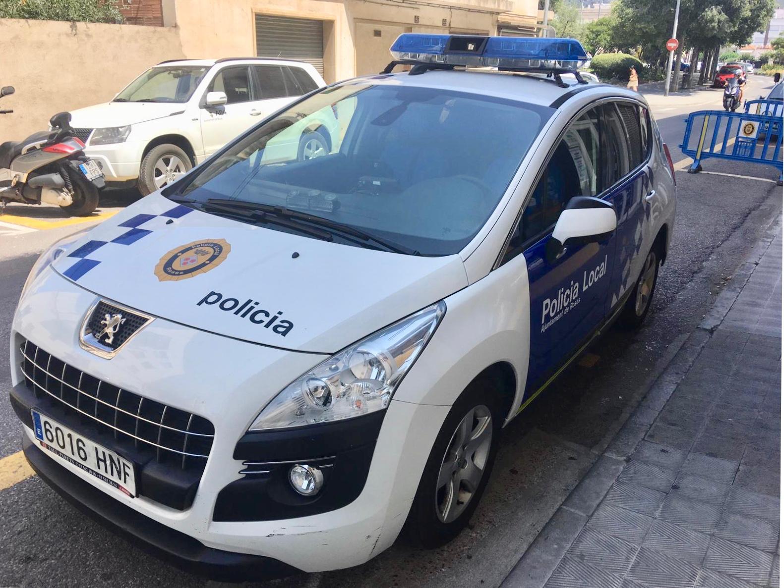 La Policia Local de Roses es reforça per a la temporada d'estiu