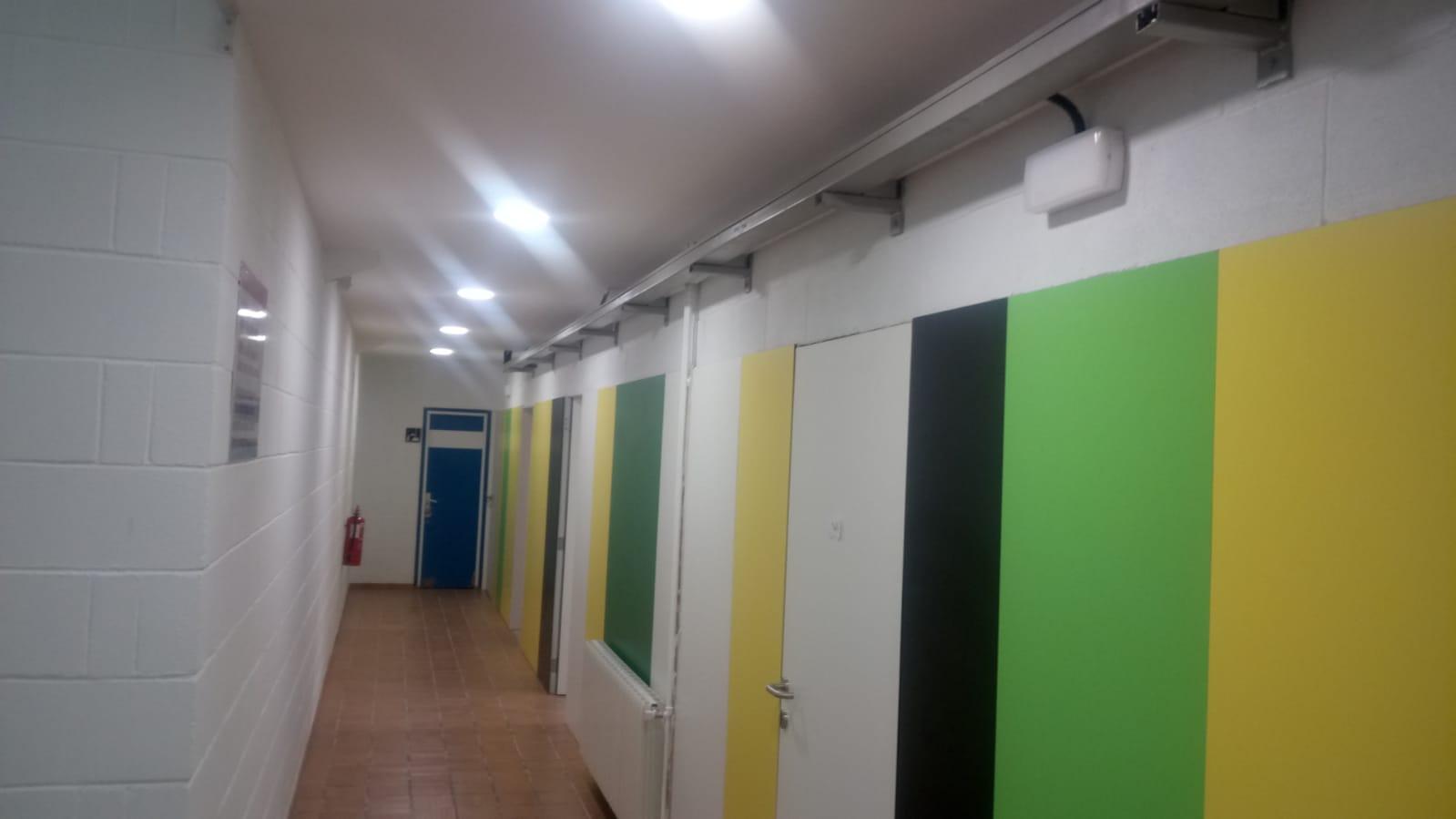 Finalitzat l'edifici de serveis de la zona esportiva i la renovació de vestidors del pavelló de Roses