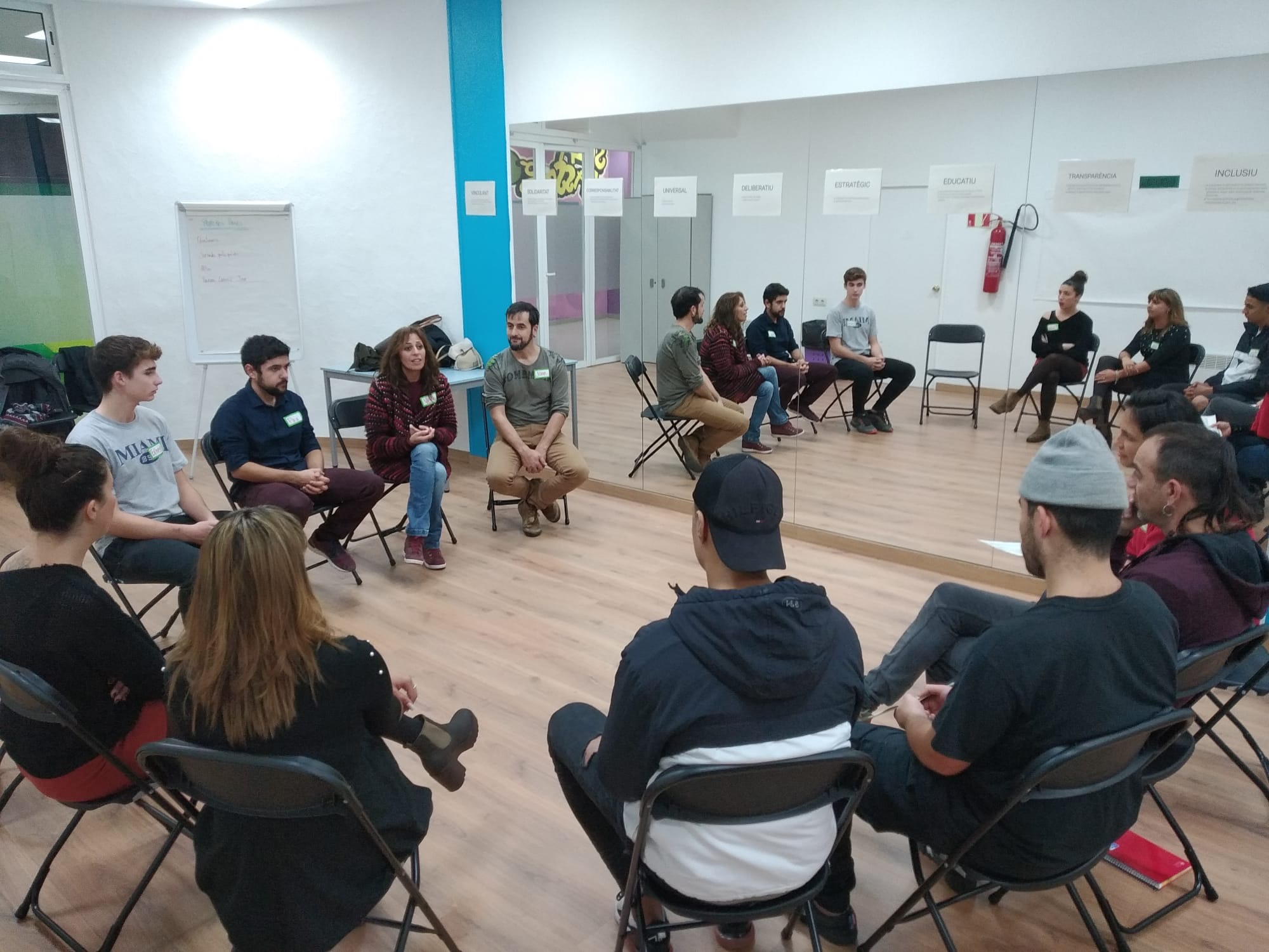 L'Ajuntament de Roses dona veu als joves per decidir les polítiques de joventut dels propers 4 anys