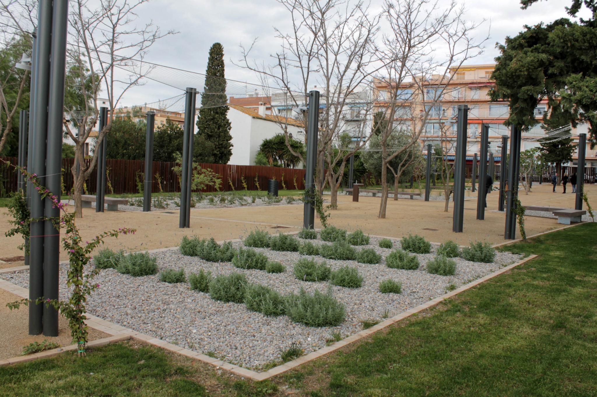 El nou parc de l'emblemàtic Mas de les Figueres s'obre al públic