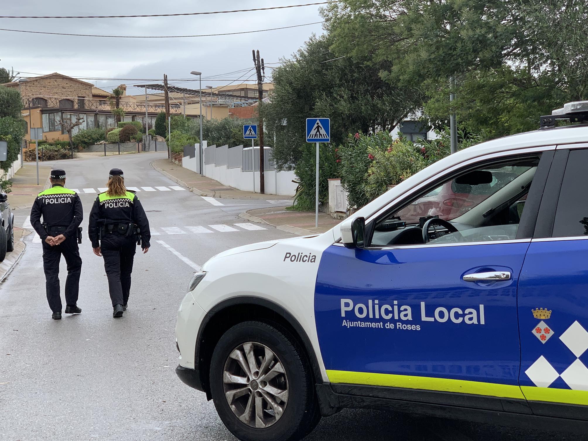 S'obre la convocatòria per contractar 7 agents de policia per a la temporada turística a Roses