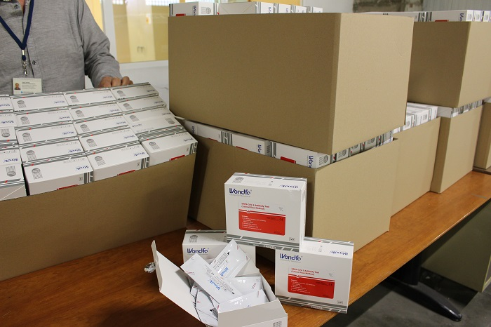 Salut comença a repartir testos ràpids a la Regió Sanitària Girona, on està previst que n'arribin fins a 18.700