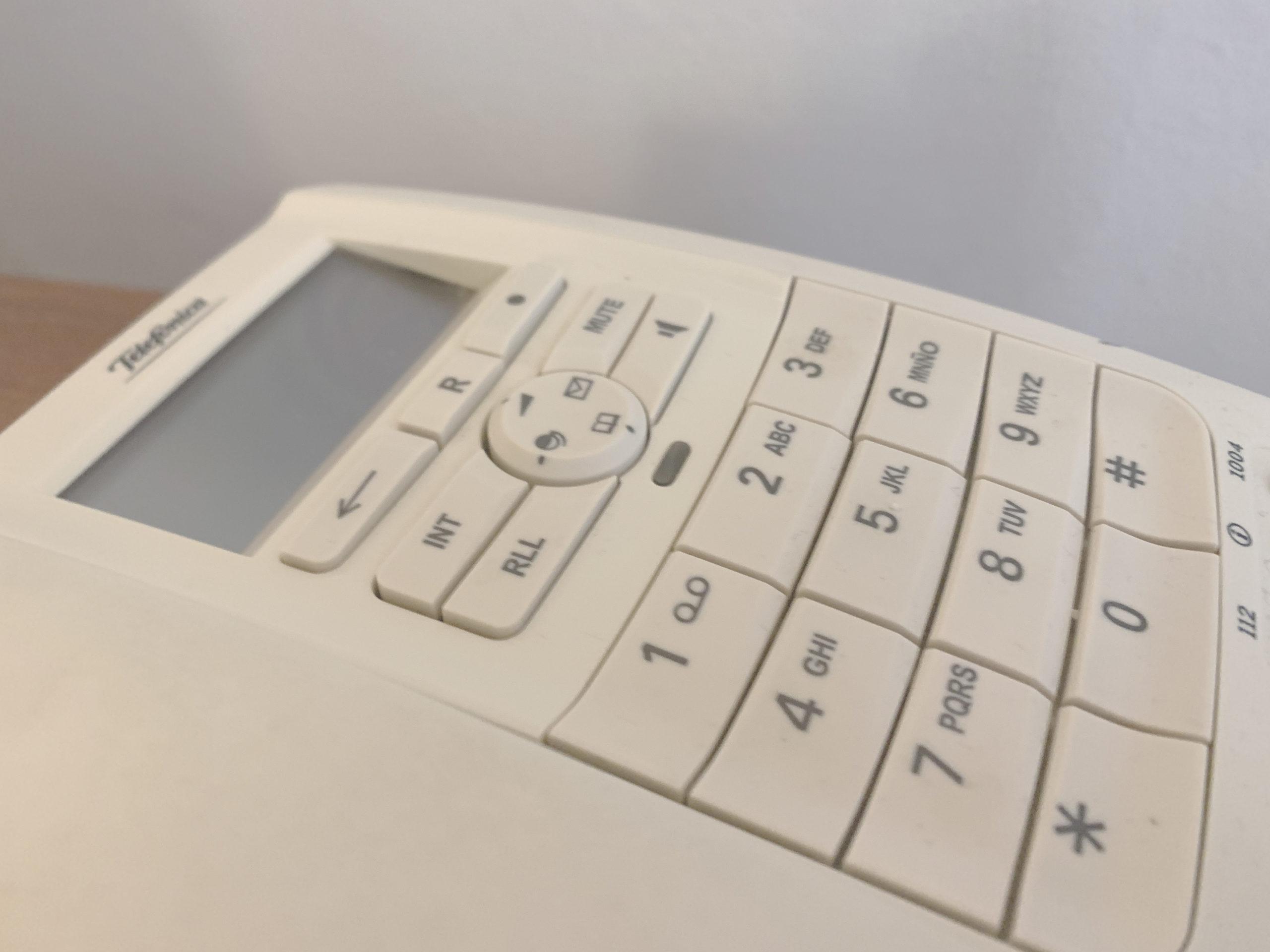 S'inicien les trucades telefòniques a 2200 avis i àvies de Roses