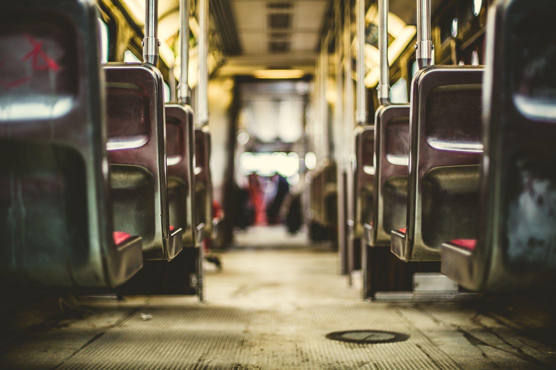 L'ús de mascaretes, obligat en el transport públic a partir de demà, 4 de maig