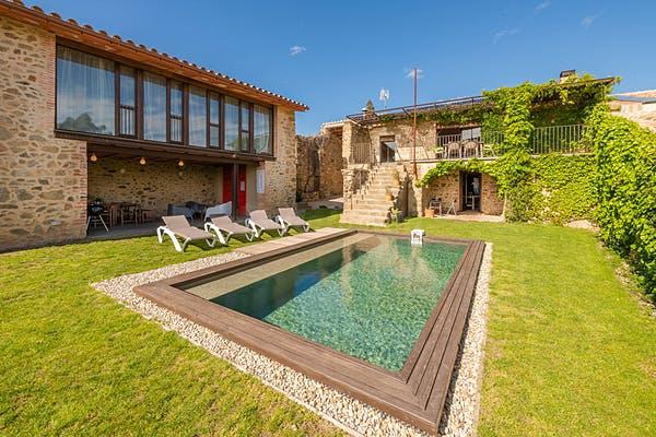 Els apartaments turístics gironins inicien la temporada amb millors perspectives d'ocupació de les que s'esperaven