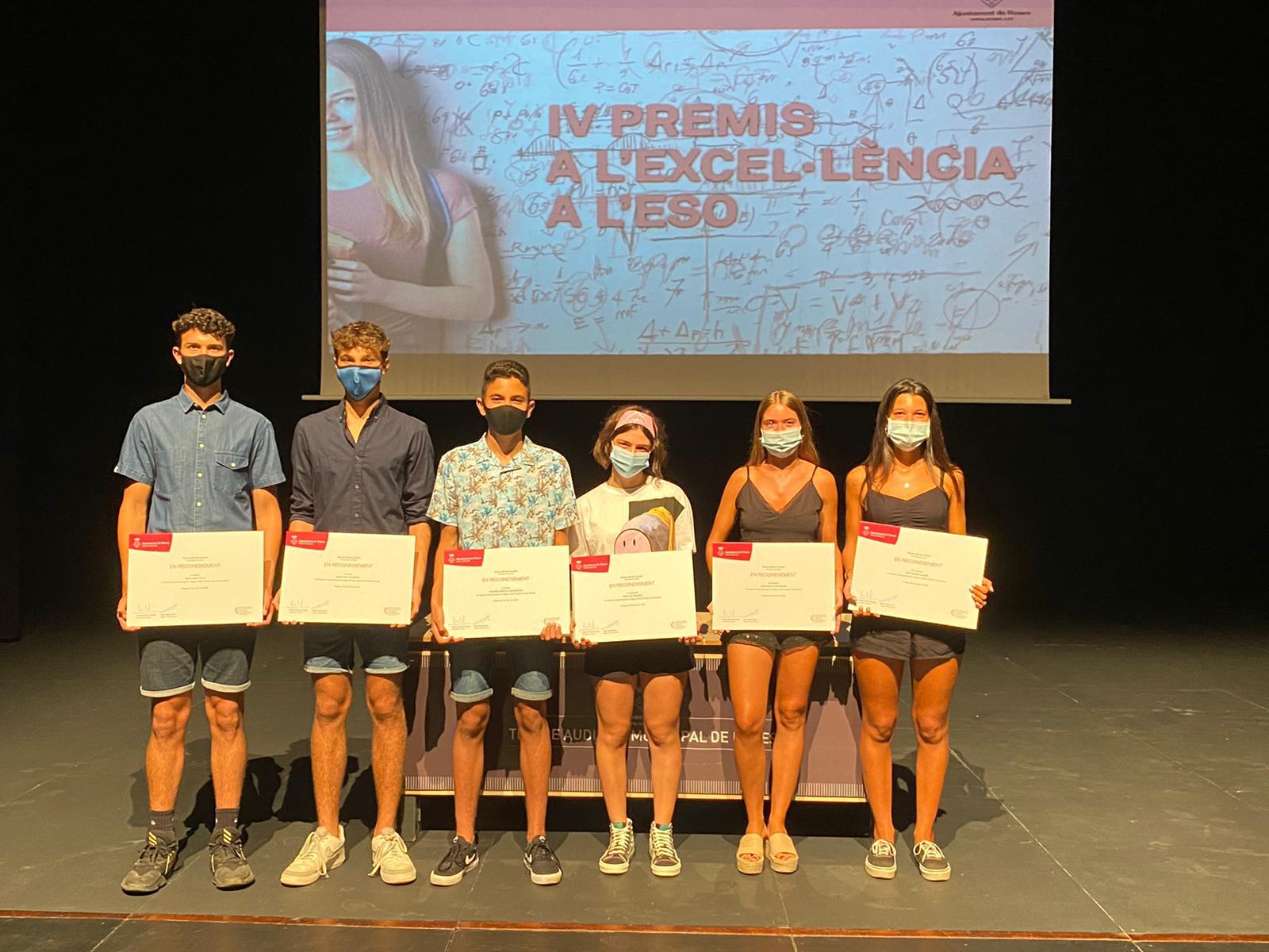 Roses lliura els premis a l'Excel·lència en ESO a sis alumnes de la població