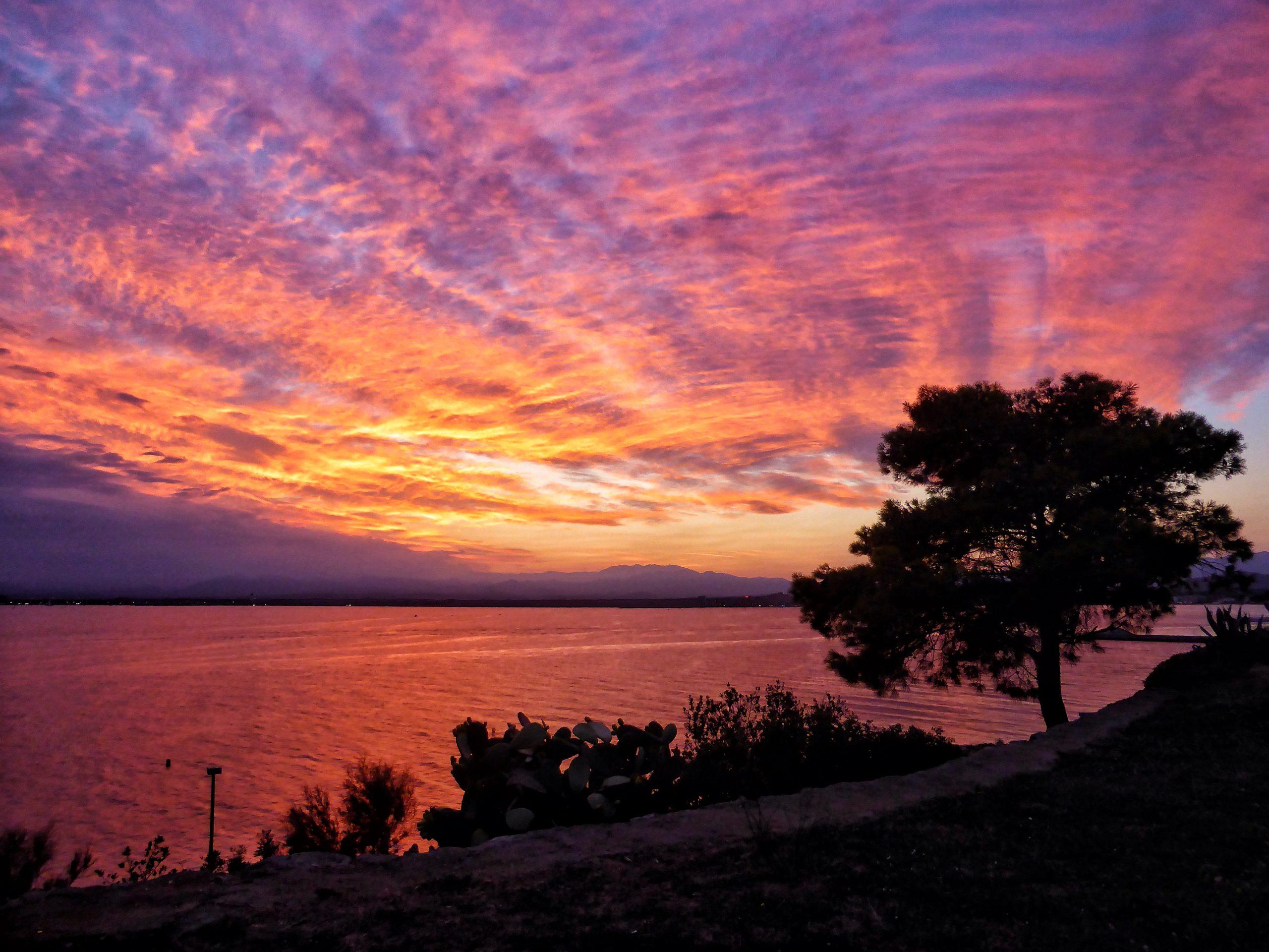 El concurs fotogràfic de la posta de sol de Roses, en marxa