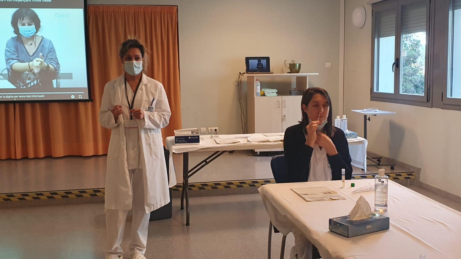 Les residències de la Regió Sanitària Girona comencen a fer cribratges als treballadors cada quinze dies pel sistema de l'autopresa de mostres per PCR