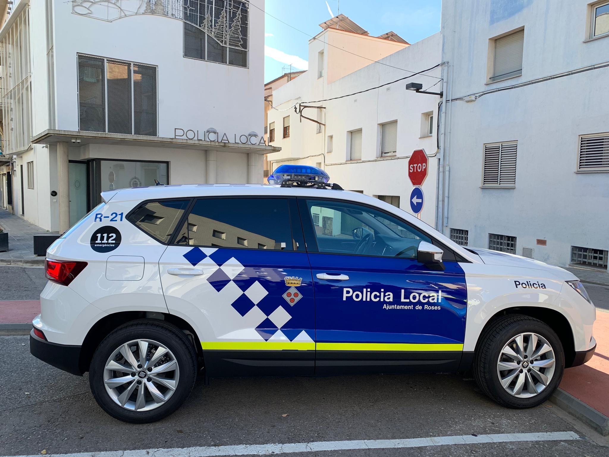 Oberta la convocatòria per contractar 7 agents de policia per a la temporada turística a Roses