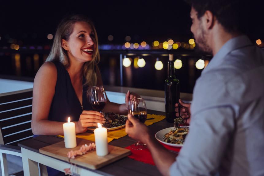 Bars i Restaurants podran servir sopars a partir del 10 de maig