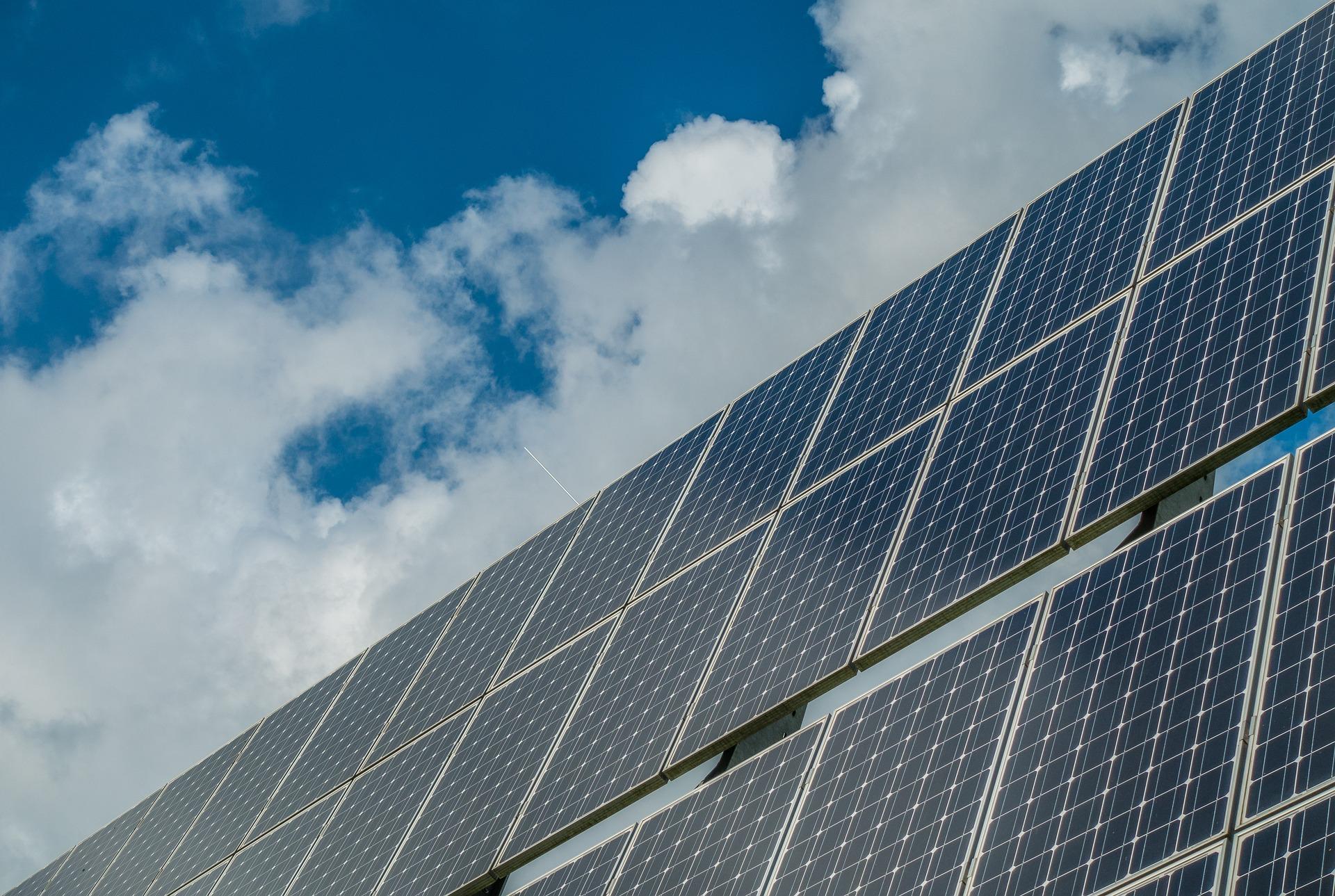 Xerrada a Roses sobre Comunitats energètiques locals per a ciutadania i empresariat