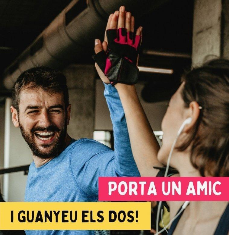 La Piscina Municipal gratifica amb descomptes usuaris i nous abonats amb la campanya Porta un amic!